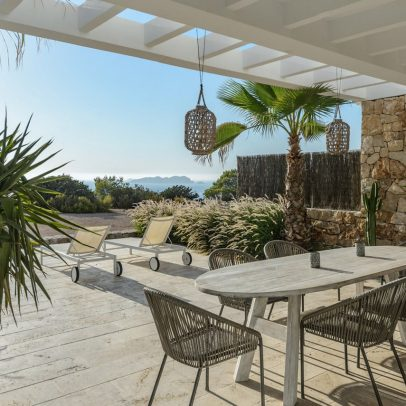 comprar casa en Ibiza, buy villa Ibiza, best Ibiza villas, real estate agency Ibiza