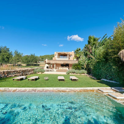 renovated finca for sale in Santa Eulalia Ibiza
