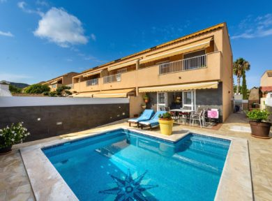 Townhouse for sale in Ibiza by Solana Ibiza Real Estate Agency, te best properties for sale in Ibiza